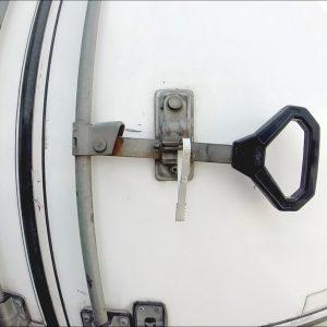 Sello de seguridad metálico con foliado Flat Seal
