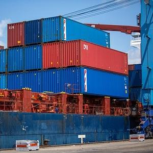 Buscan incrementar la seguridad de contenedores en Colima