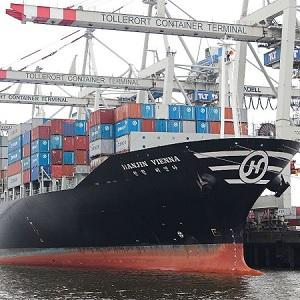 Saqueo de Contenedores Flotando en el Mar de Brasil