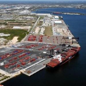 Huracán Irma Fuerza Cierre de Puertos en Florida