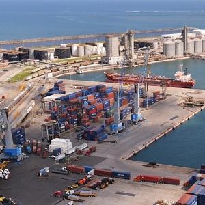 Sugieren una Nueva Estructura de Tarifas Portuarias