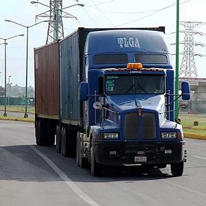 Establecen Norma para Camiones de Doble Remolque