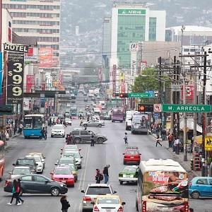 Buscan Incrementar Competencia en Transporte de Carga en Monterrey