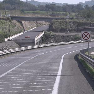 Retrasan Reapertura de Carretera en Colima