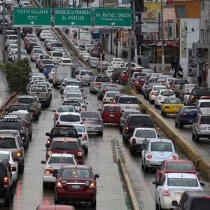 Estudian Bajar Multas a Transportes de Carga en Guadalajara