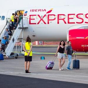 Aerolínea Española Se Expande con Adquisición
